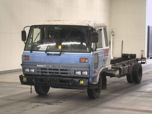 1991 nissan diesel ud cm 88 cm88 cm88kh 6.9 diesel 6t manual 6920cc for sale in japan 447k wound up