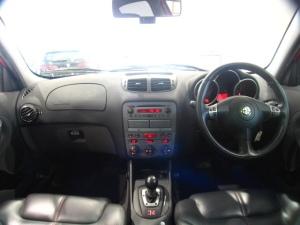 2002 alfa 147-2