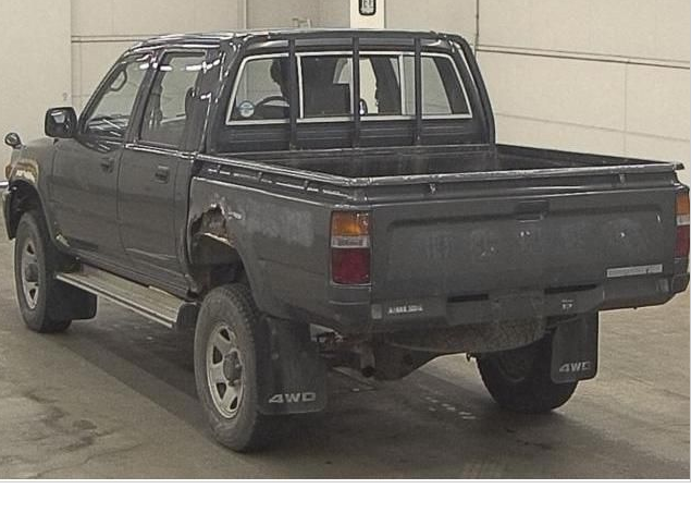 1993 toyota hilux double cabin cab 2.8D manual LN107 for sale in japan 2 (1)