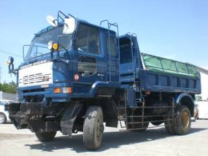 UD 8 ton 4WD truck