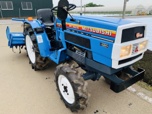 mitsubishi MT1601d farm tractor used for sale in japan