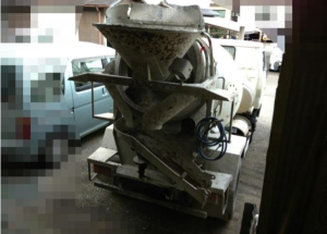 1990 daihatsu concrete mixer truck hv118 for sale in japan 120k-1
