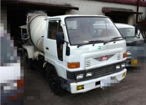 1990 daihatsu concrete mixer truck hv118 for sale in japan 120k-2