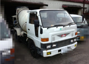 1990 daihatsu concrete mixer truck hv118 for sale in japan 120k-2
