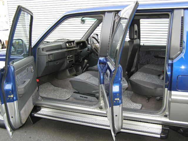 mitsubishi hardbody double cabin sale japan import strada L200 K34T