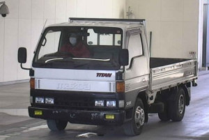 1996 mazda titan wgsat 3.0 diesel 5mt flat truck for sale in japan