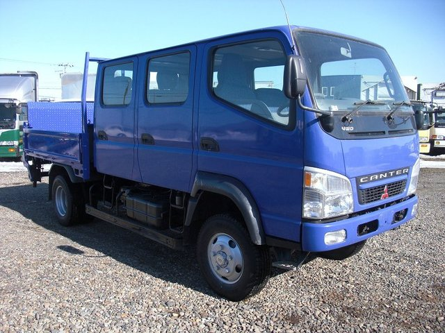 Mitsubishi canter truck 9 seaters with power gate,. CANTER 9 SEATERS