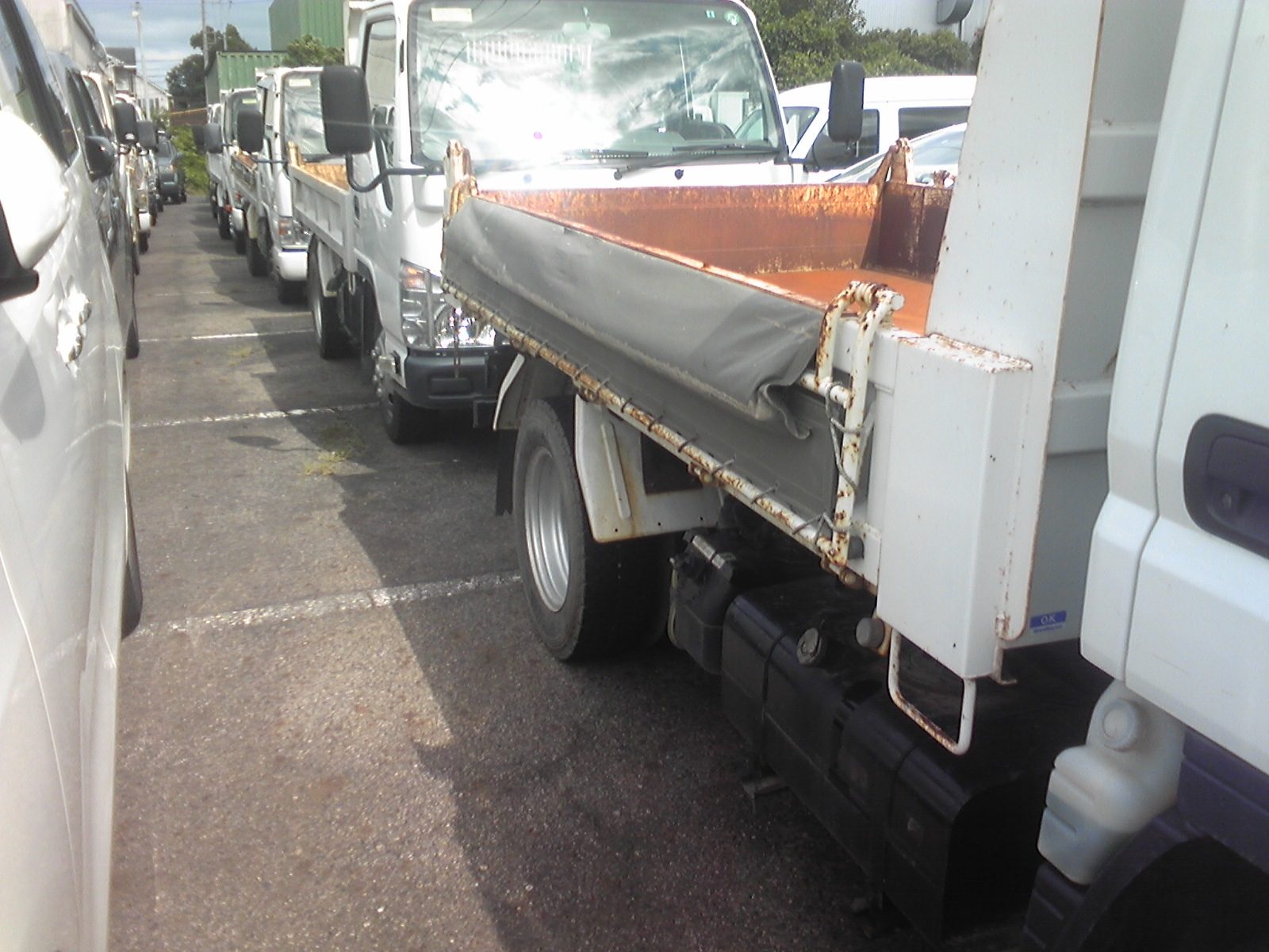 Canter truck sale double cabin 4wd japan import jpn car - We Get Tons Of Isuu Tipper Stocks