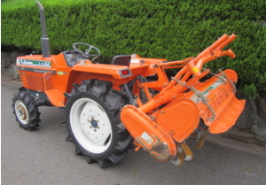 kubota L1-22d 4wd farm tractor for sale in japan