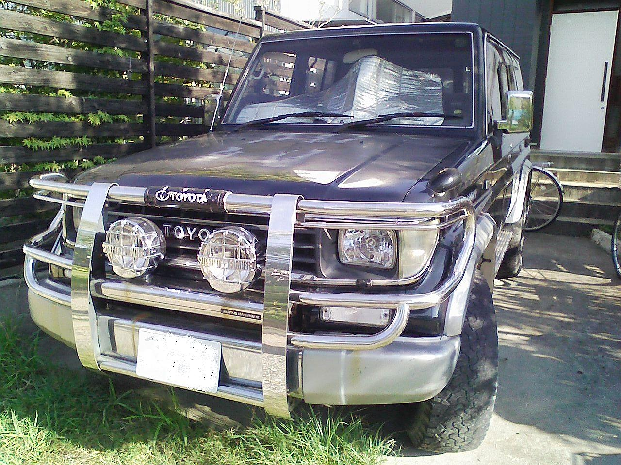 Canter truck sale double cabin 4wd japan import jpn car - Kuroyanagi Shouten Ltd Japan