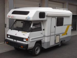 1993 mitsubishi delica camper 2.5 diesel MT LO39G for sale in japan 65k