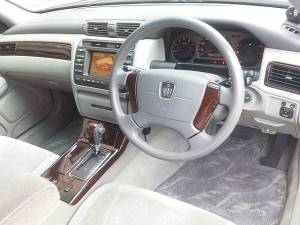 toyota crown royal saloon jzg175 sale japan 100k 2001 -1