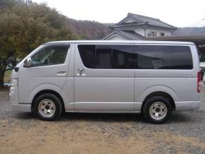 2005 toyota hiace super gl kdh200 sale in japan 240k-1
