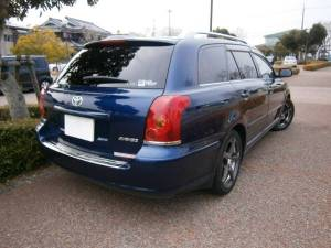 2004 toyota avensis wagon azt255w 4wd for sale japan-1