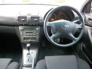 2004 toyota avensis wagon azt255w 4wd for sale japan-2