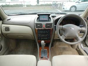 2004 nissan bluebird shlphy qg10 for sale japan-1