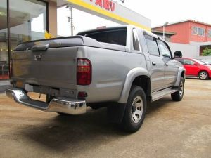 2002 nov toyota hilux sports pickup truck 2002 model-1