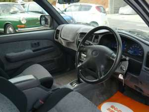 2003 toyota hilux extra cab 105k 2.0 sale japan-2