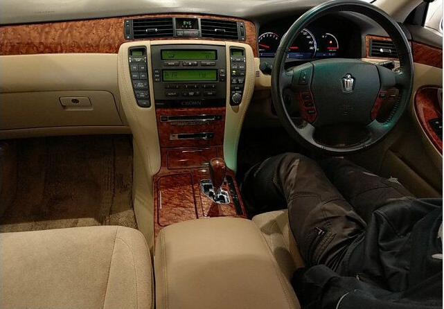 2005 toyota crown grs182 grs 182 3.0 royal saloon 3.0 auction grade 4.0 for sale in japan 76k-2