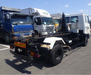isuzu arm roll truck frr32 4 ton truck for sale