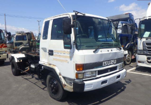 isuzu frr 32 hooklift truck for sale in japan