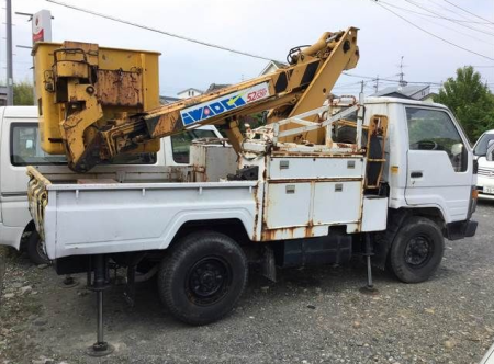 1990 toyota dyna bu66 3.0 diesel cherry picker used for sale in japan 48k-2