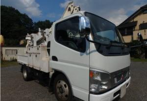 2005-mitsubishi-fuso-canter-cherry-picker-truck-4-9-diesel-model-fe70db-turbo-for-sale-japan-130k-1
