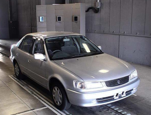 toyota corolla xe saloon limited manual shift MT for sale in japan