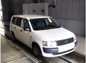 2007 toyota prpbox van nlp51v DX confort package 1.4 diesel for sale in japan