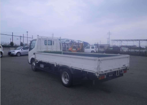 xzu344 toyota dyna flat truck for sale in japan