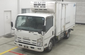 npr 85 isuzu elf refrigerated freezer truck for sale japan